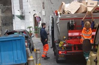 trasportatori-rifiuti.jpg